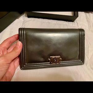 Authentic Chanel Boy Yen Wallet, metallic silver